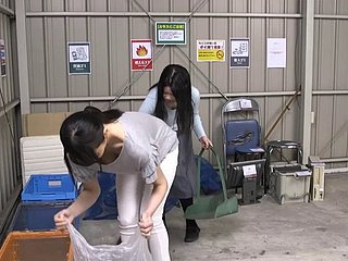 Asian Housewife Keep a pursue Way in Fucked